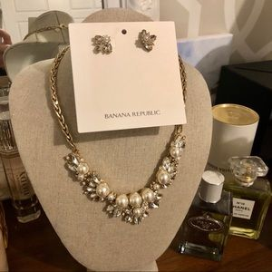 Banana Republic Necklace and earrings